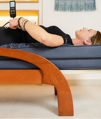 Classic infrared massage table